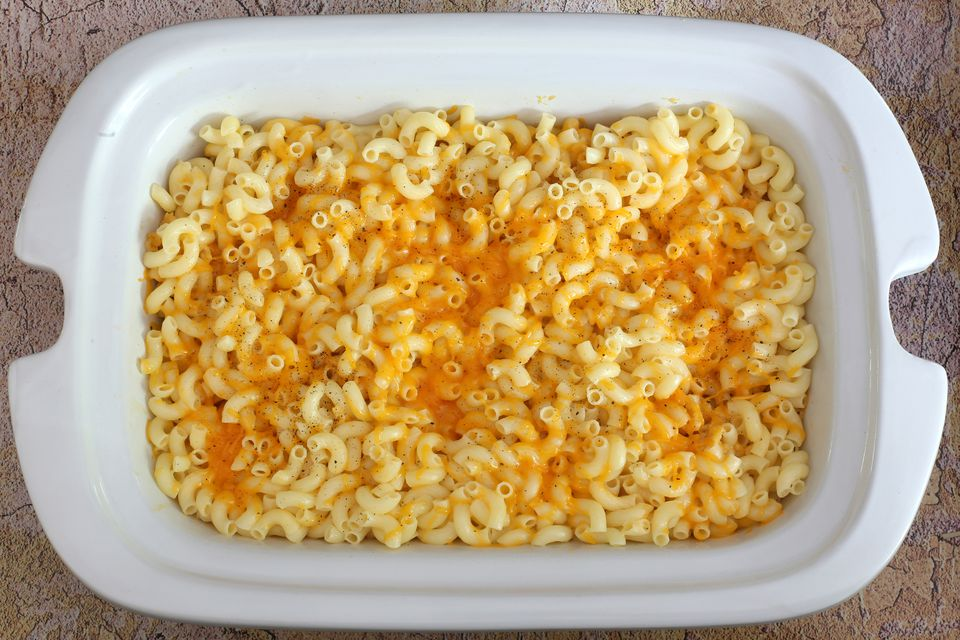Macaroni and Cheese in Crock-Pot Casserole