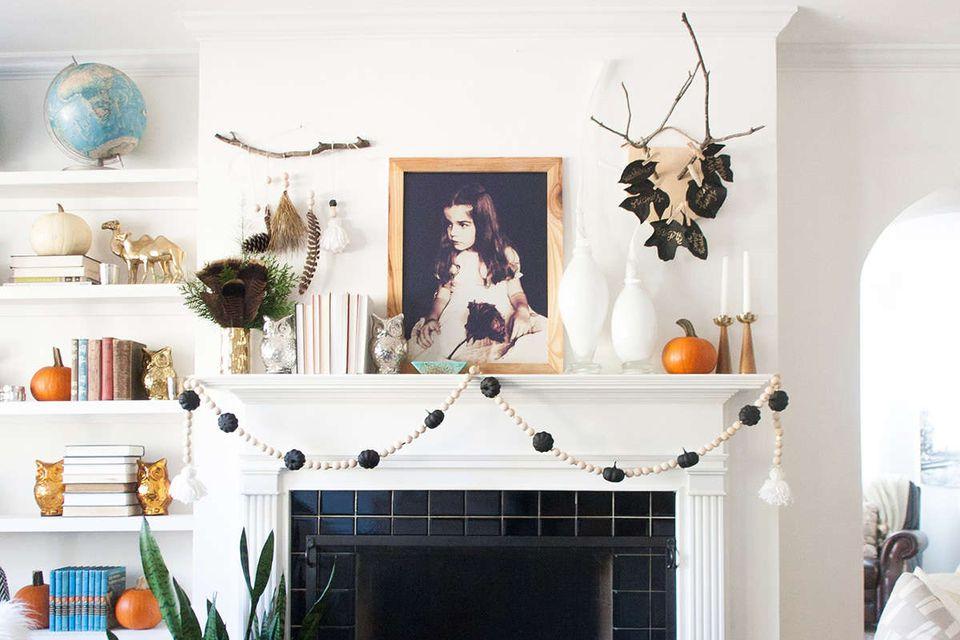 Beautiful Fall Mantel Decorating Ideas