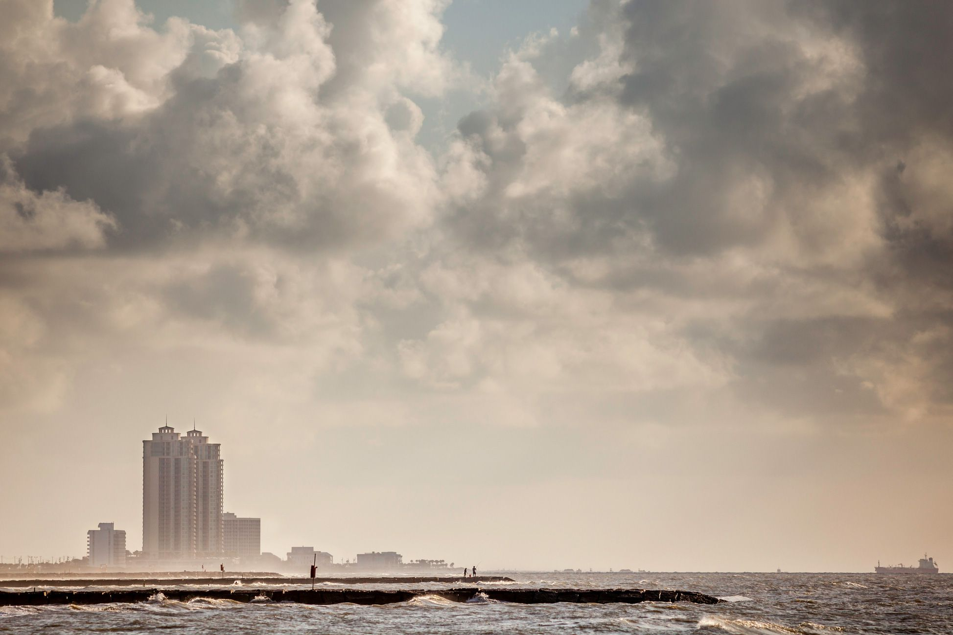 Tips For Visiting The Texas Coast During Hurricane Season