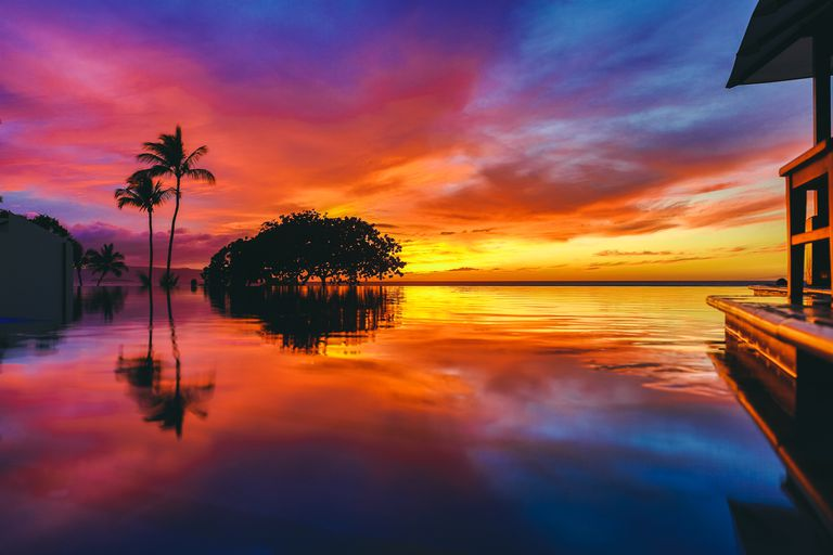 Colorful sunset at Wailea Beach, Maui, Hawaii