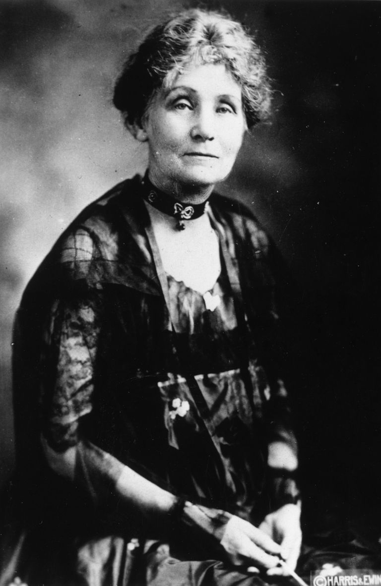Retrato de Emmeline Pankhurst, en 1927.