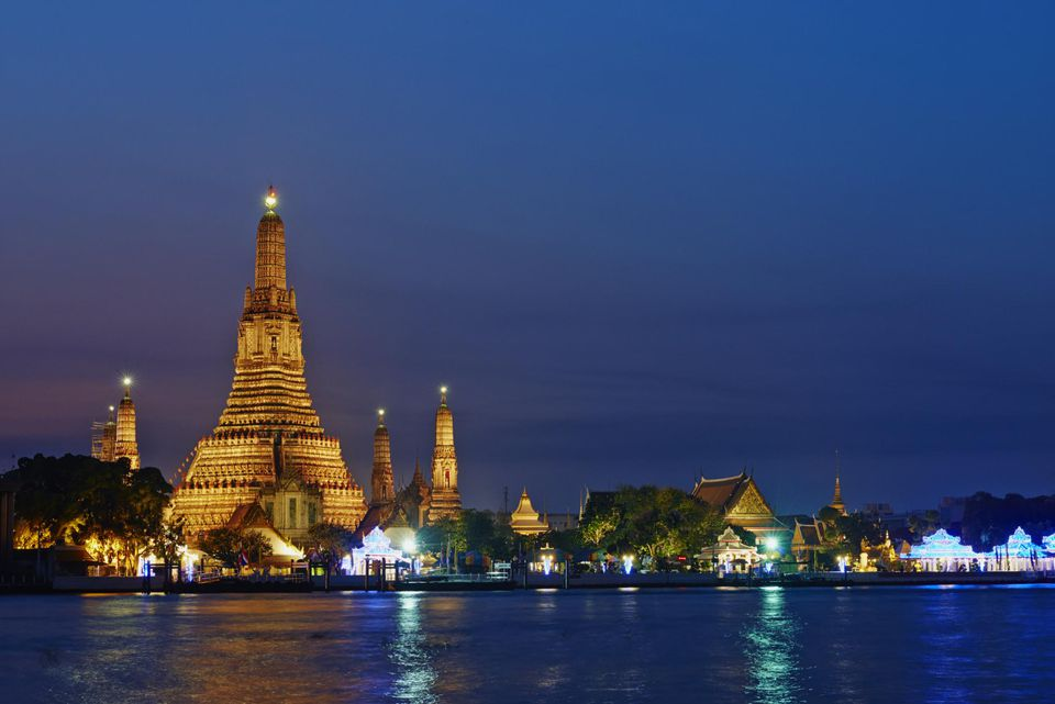 Thailand, Bangkok, Wat Arun and Chao Phray