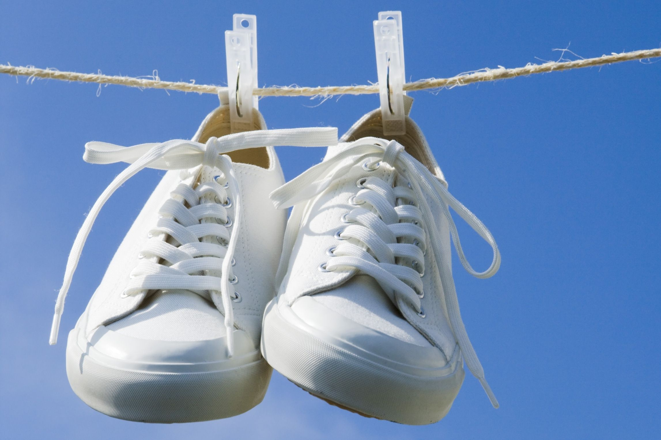 10 Ways To Prevent Stinky Shoes And Smelly Feet-6919
