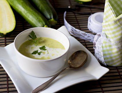 how to make cream of artichoke soup