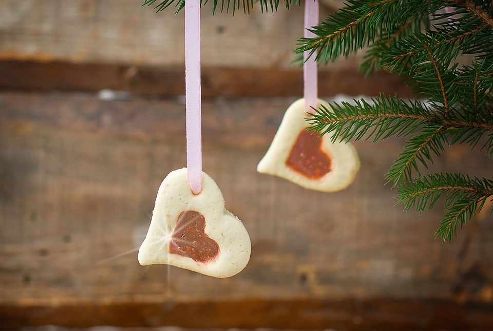 xmas-stained-glass-biscuit-recipe