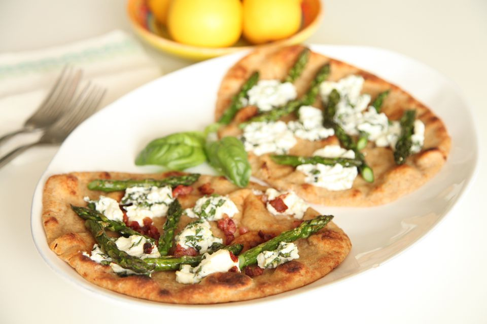 Naan Asparagus and Goat Cheese Pizza