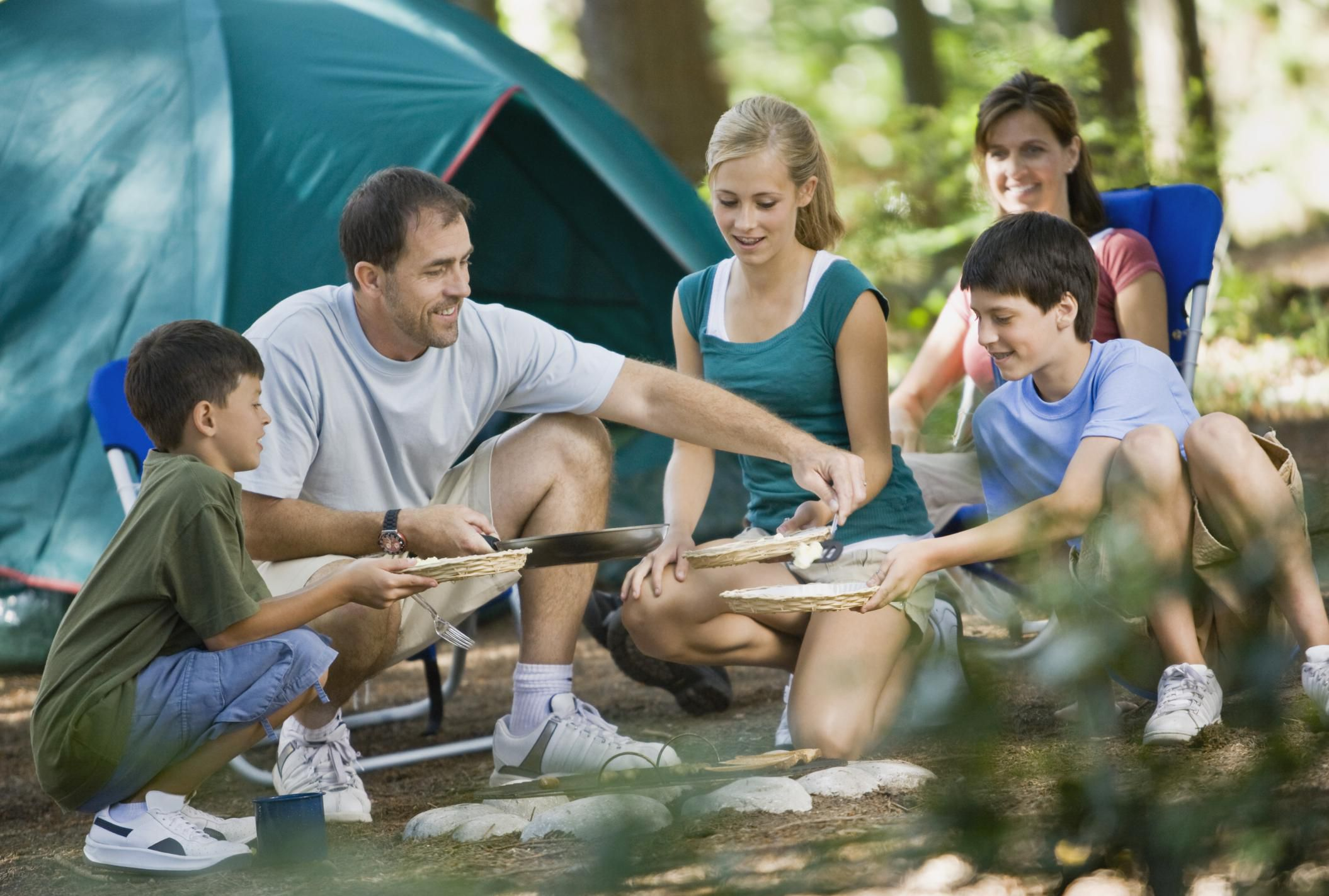 nighttime activities for kids in the great outdoors