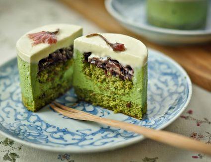 Matcha (Green Tea) Mochi (Rice Cake) Bars