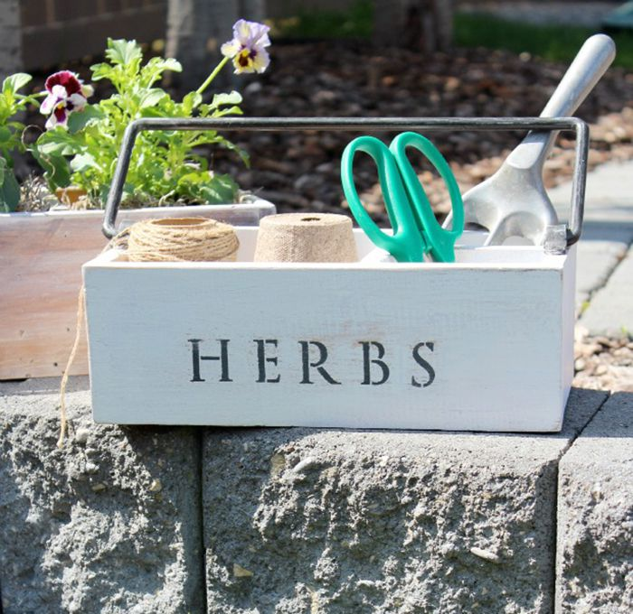 26 DIY Garden Projects Anyone Can Do