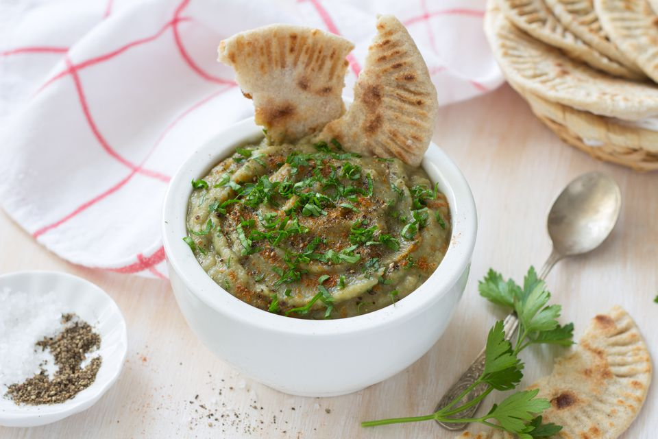Eggplant dip with parsley and whole grain flat bread