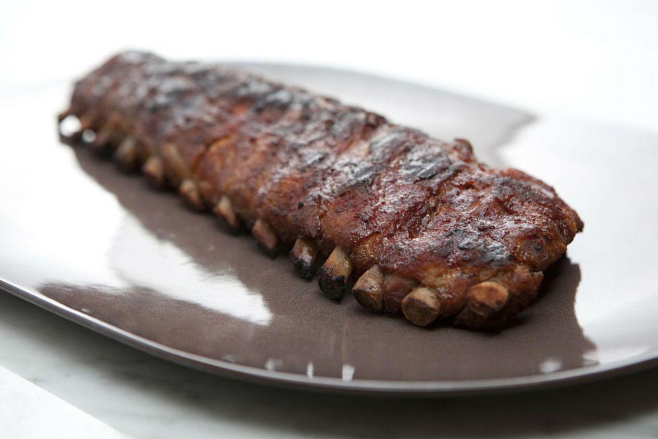 Pork ribs on platter