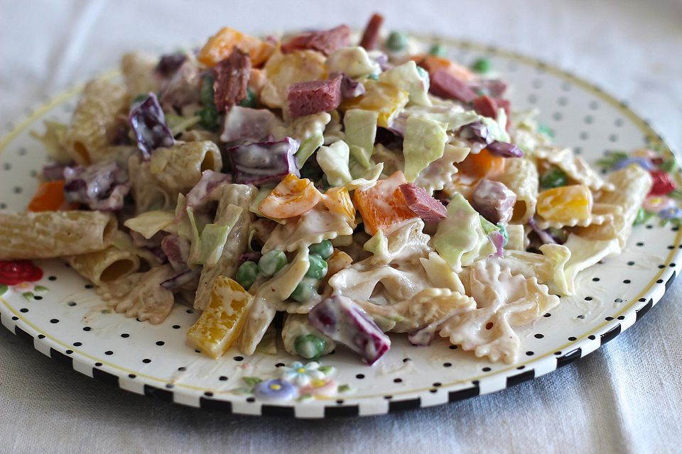 Corned-Beef-Cabbage-and-Pasta-Salad.jpg