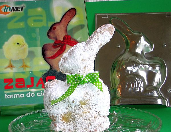 Easter bunny cake with the mold used to make it