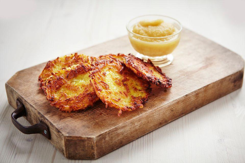 Potato rstis with apple puree