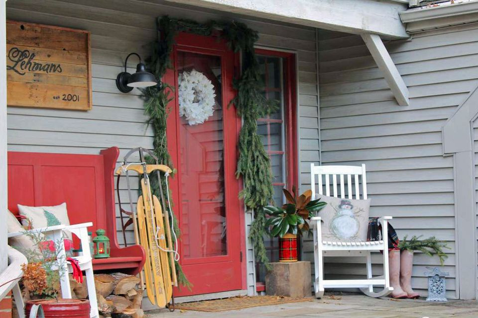Country Christmas front porch