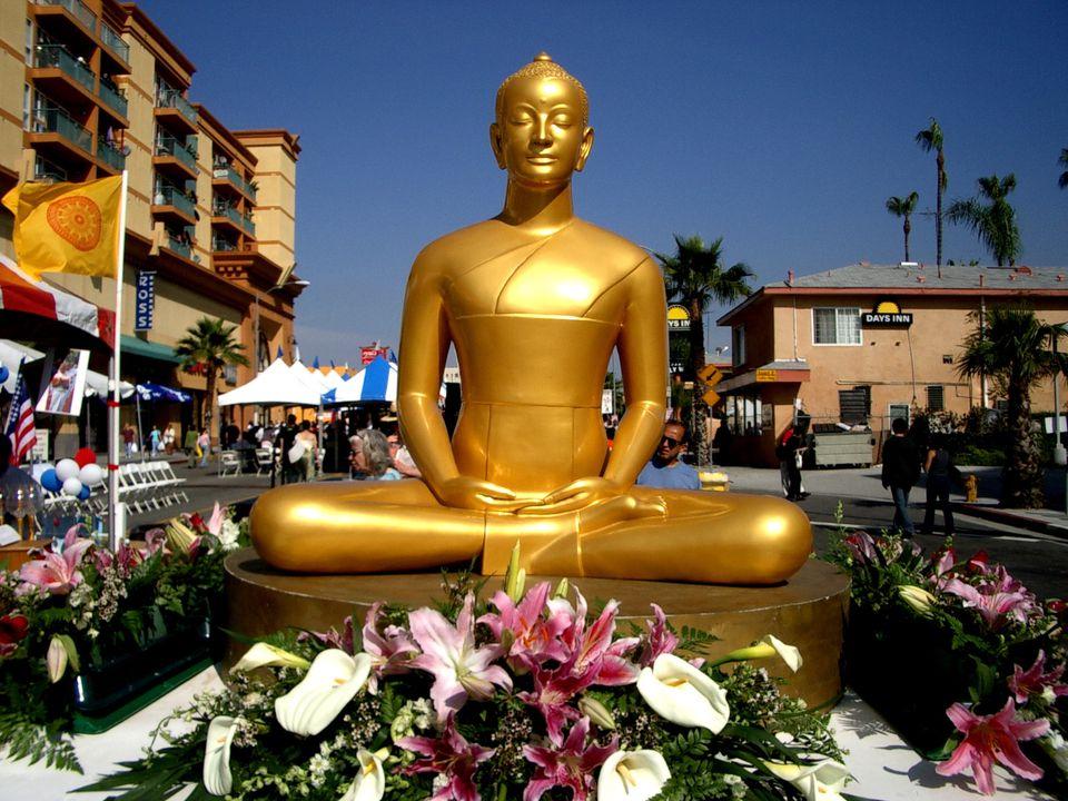 Thai New Year on Hollywood Boulevard