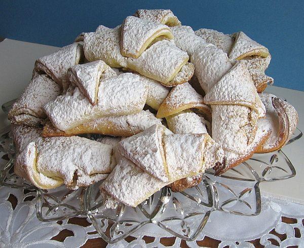 Balkan Walnut Crescent Cookies Kifle Recipe