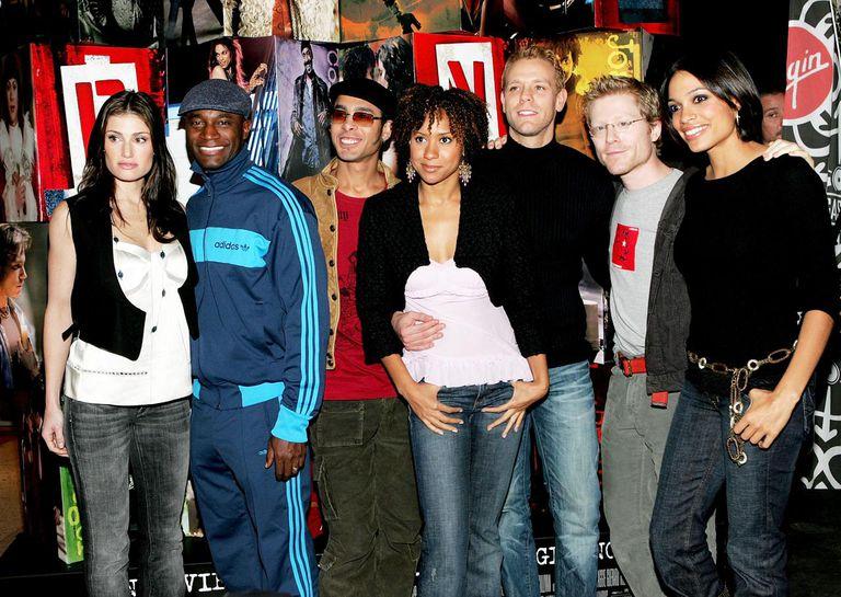 The Cast Of 'Rent' Signs Soundtrack At Virgin Megastore