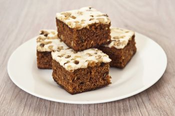 Quick And Easy Carrot Cake With Cream Cheese Frosting