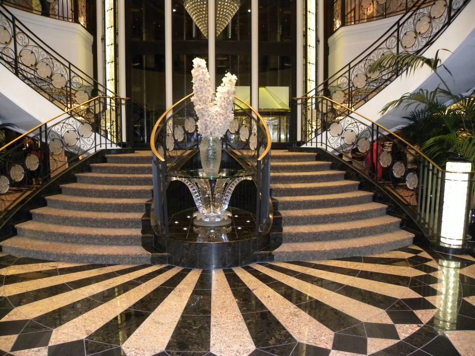 Oceania Riviera - Atrium Lobby