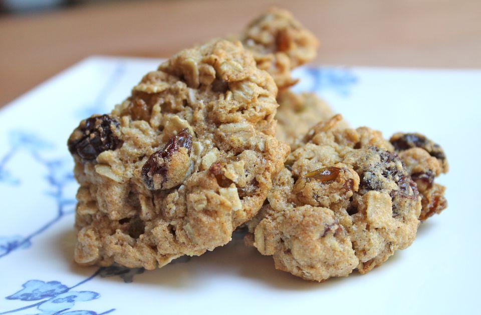 Whole Grain Oatmeal Raisin Cookies