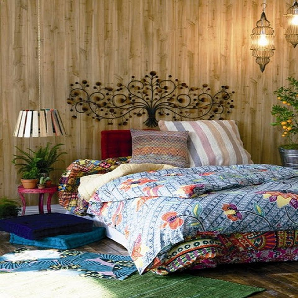 Boho Bedroom With Colorful Bedding