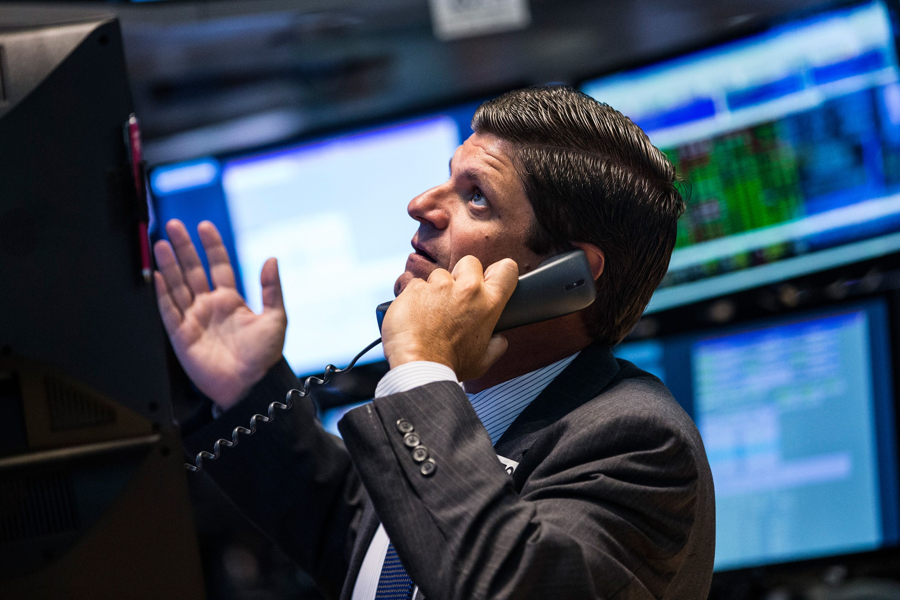 how the stock market works A stock market is where investors meet to buy and sell shares markets used to be literal places, but now stocks are bought and sold electronically.