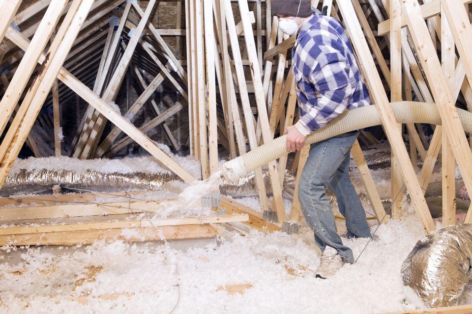 Blown in insulation vs fiberglass insulation blown in insulation defined loose fill solutioingenieria Images