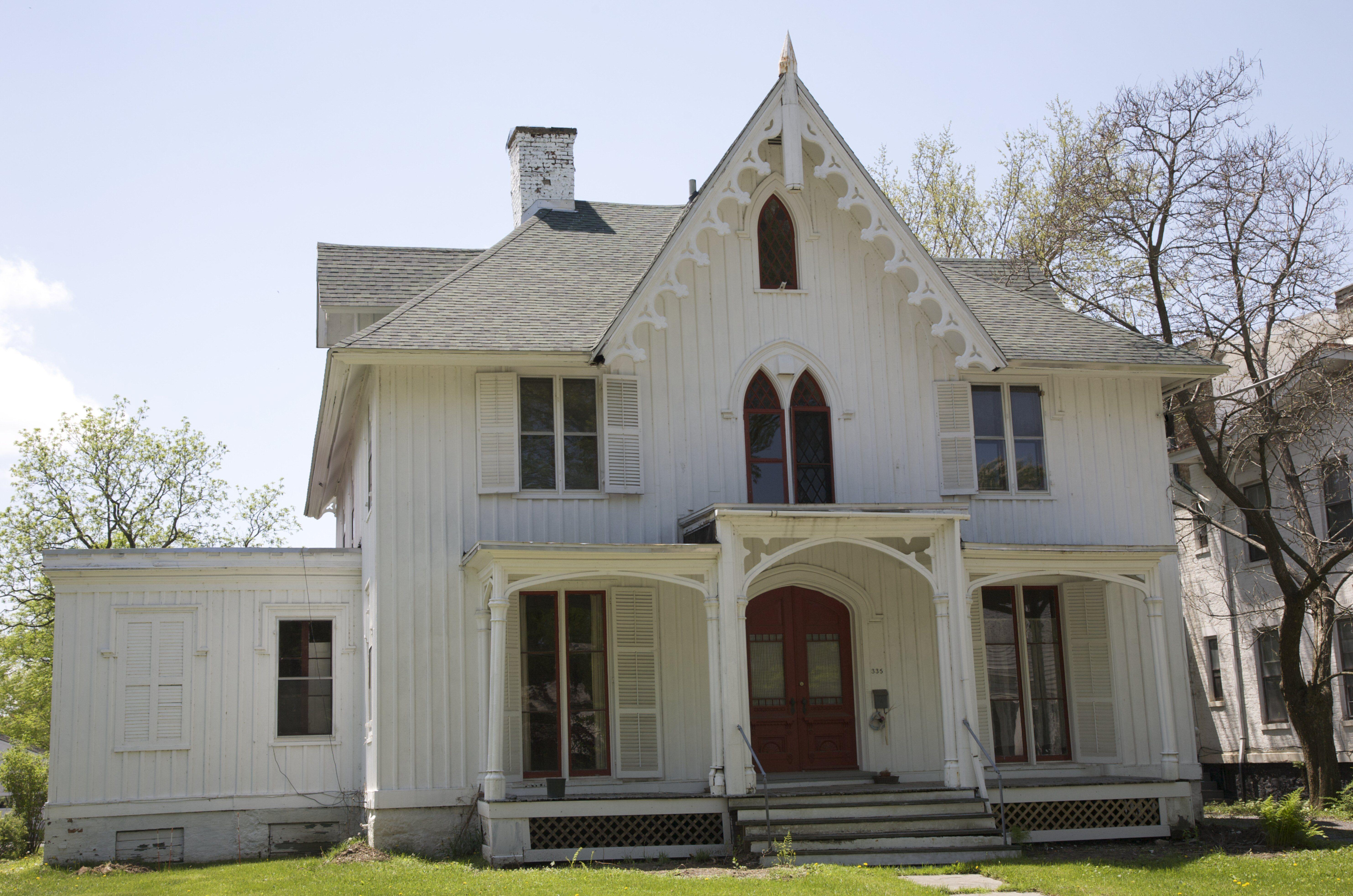 Carpenter gothic home plans escortsea for Carpenter style homes