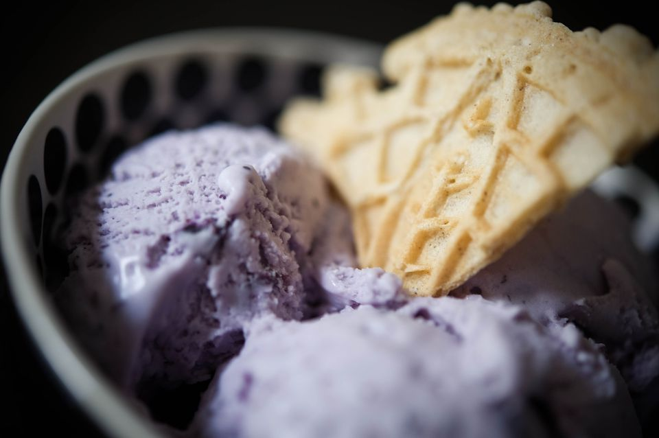 Fresh Blueberry Ice Cream With Wafer
