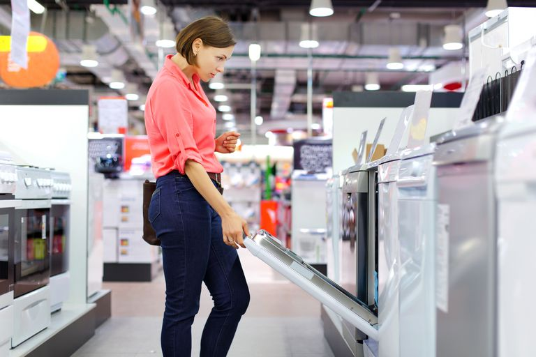 Woman buys a dishwasher