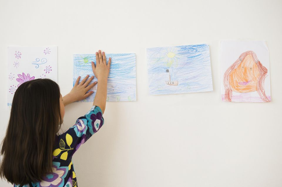 Clutter hacks for your home for Hanging kids artwork