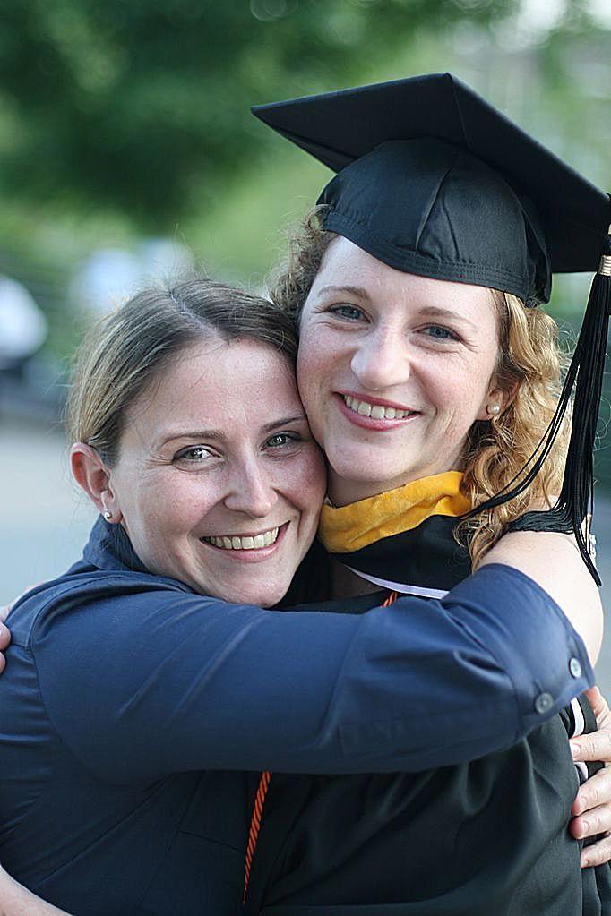 Graduation_hugs.jpg