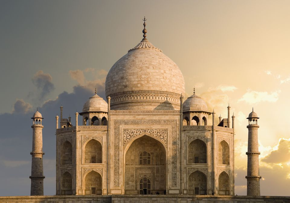 India, Uttar Pradesh, Agra, Taj Mahal, dawn