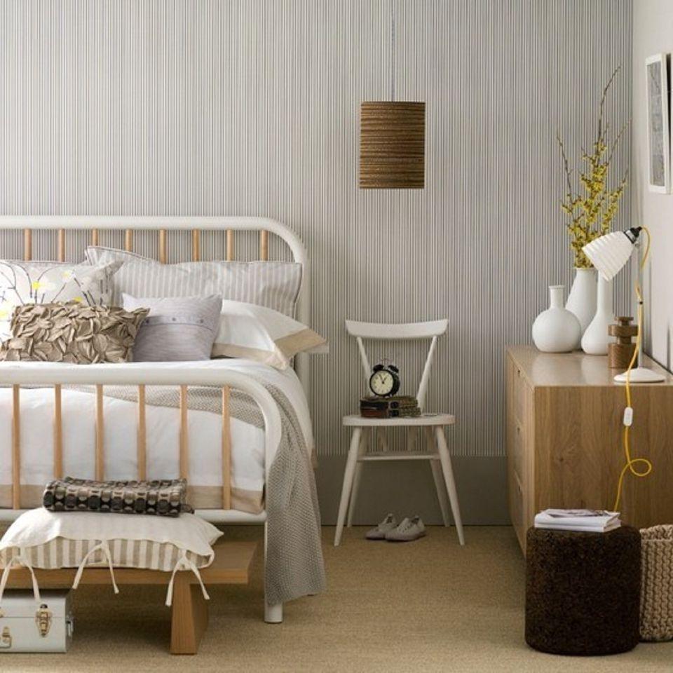 25 scandinavian bedroom design ideas for Cottage bedroom decor