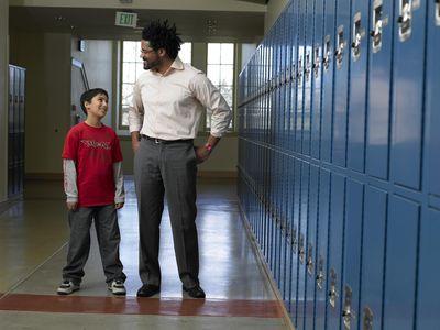 how to become a school teacher