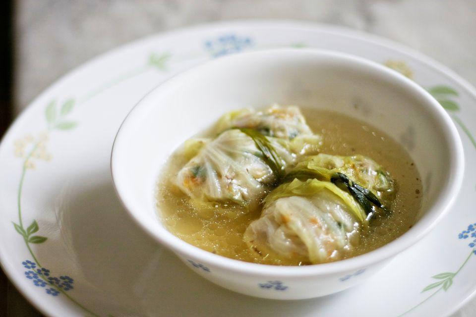 Vietnamese cabbage rolls soup