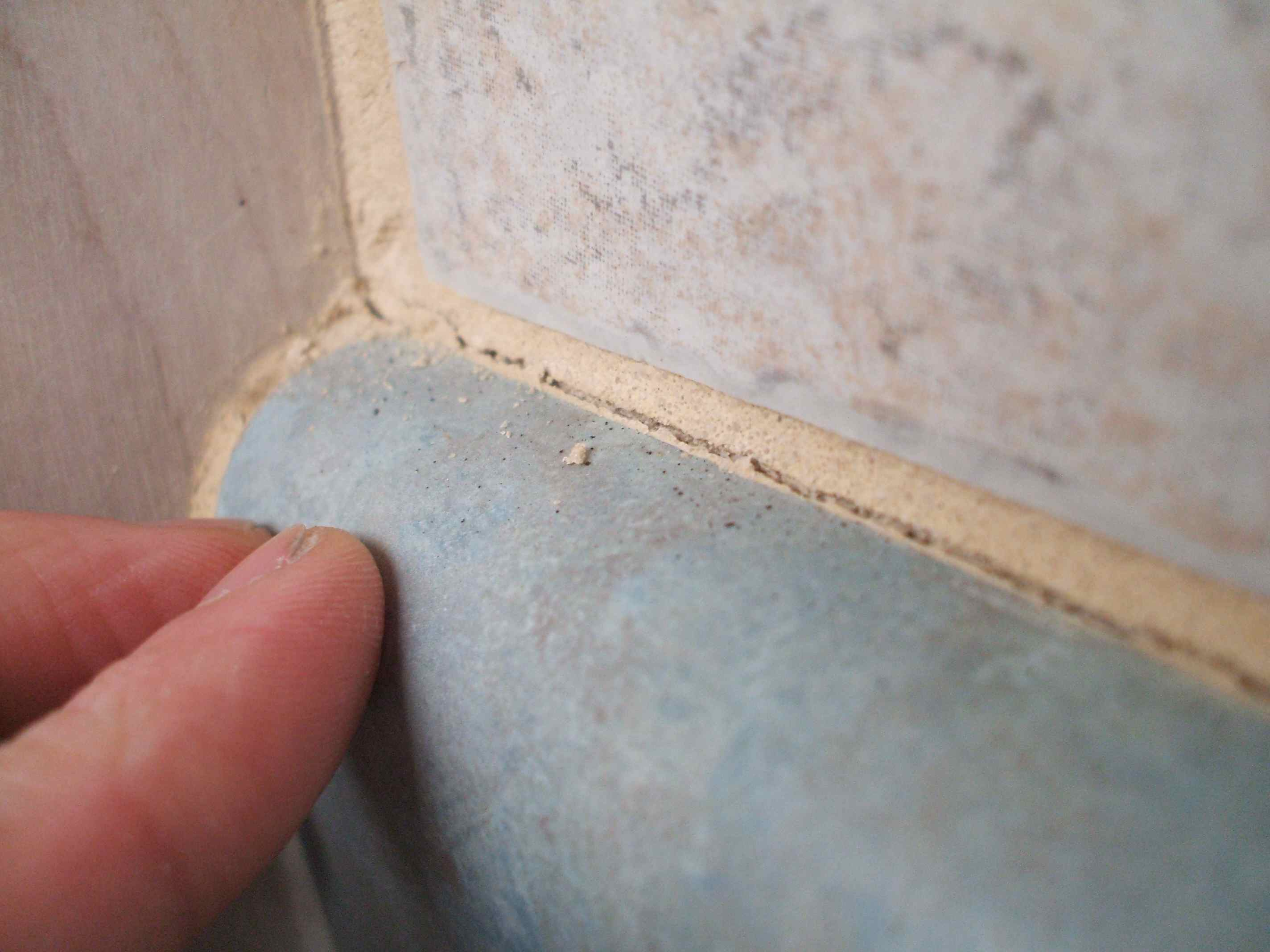 Important tips for tiling a bathroom dailygadgetfo Gallery