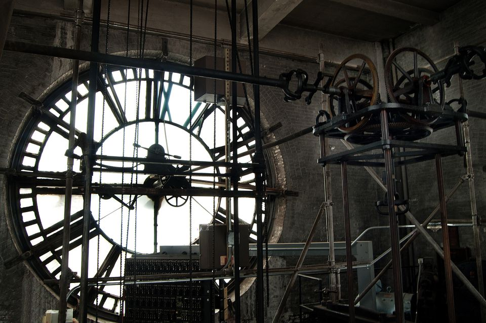 Clock room of the Bromo-Seltzer Arts Tower