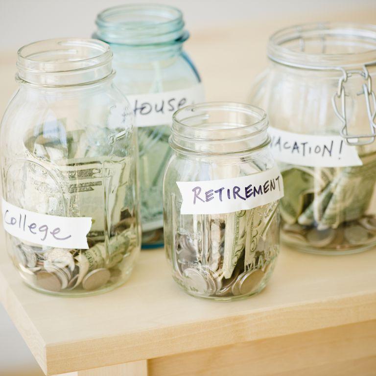 retirement_plans_105784122.jpg