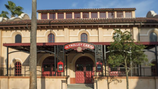 The Trolley Car Cafe in Disney's Hollywood Studios