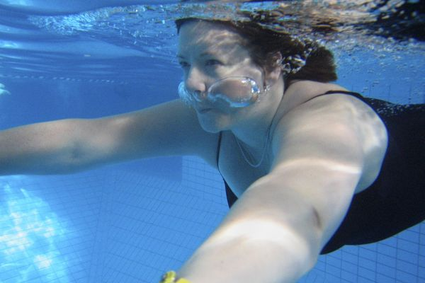 Swimming is a good activity for diabetics.