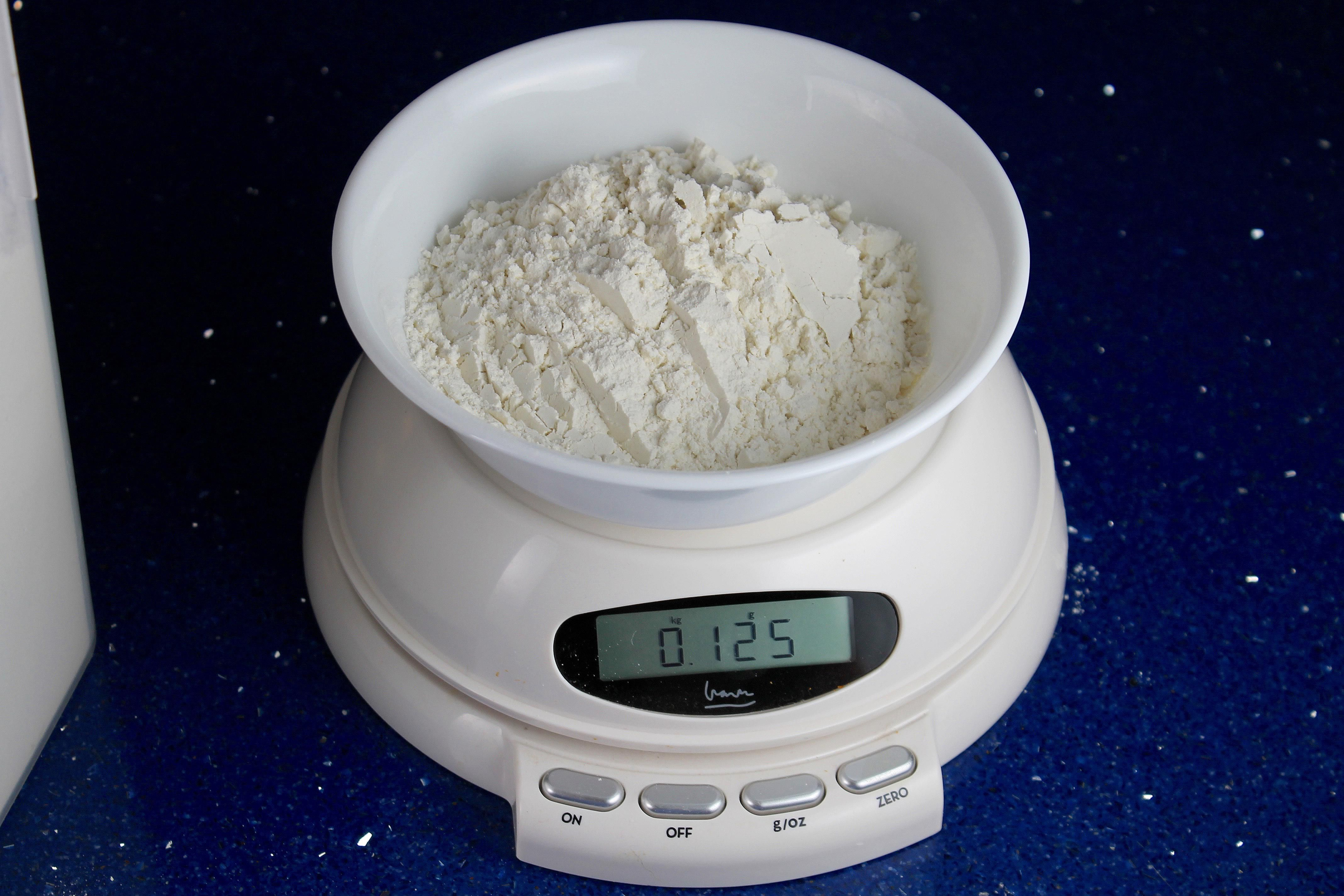 How To Measure Flour For Best Baking Results
