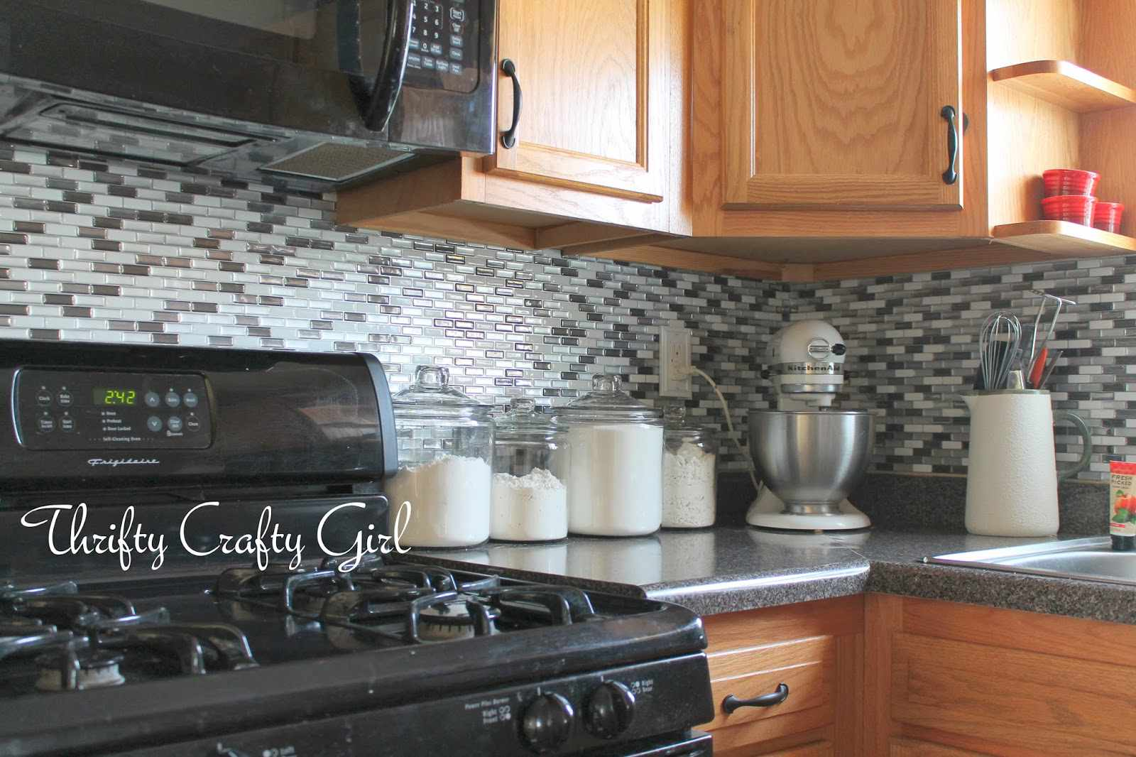13 removable kitchen backsplash ideas dailygadgetfo Image collections