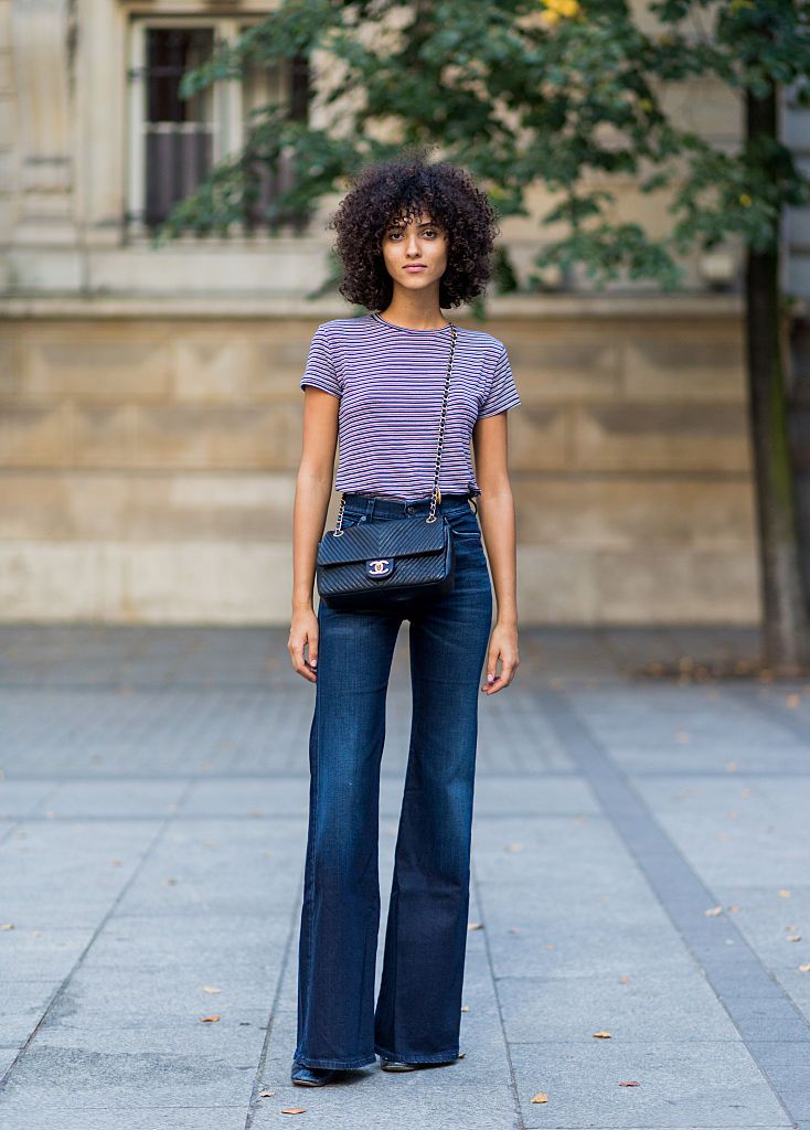 Street style fashion 10 ways to wear denim and stripes for Jeans t shirt style