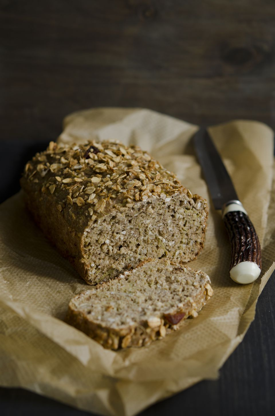 rhubarb bread with nut topping