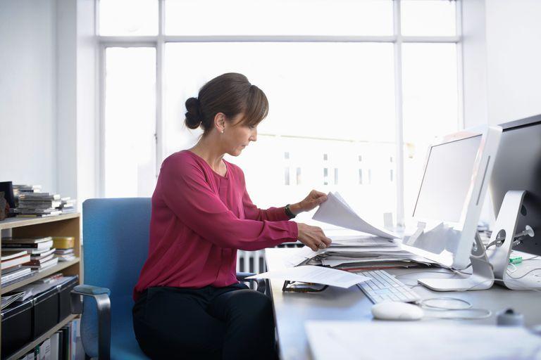 womanworkingdeskoffice.jpg