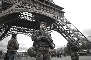 Paris SWAT Police Guard Tower