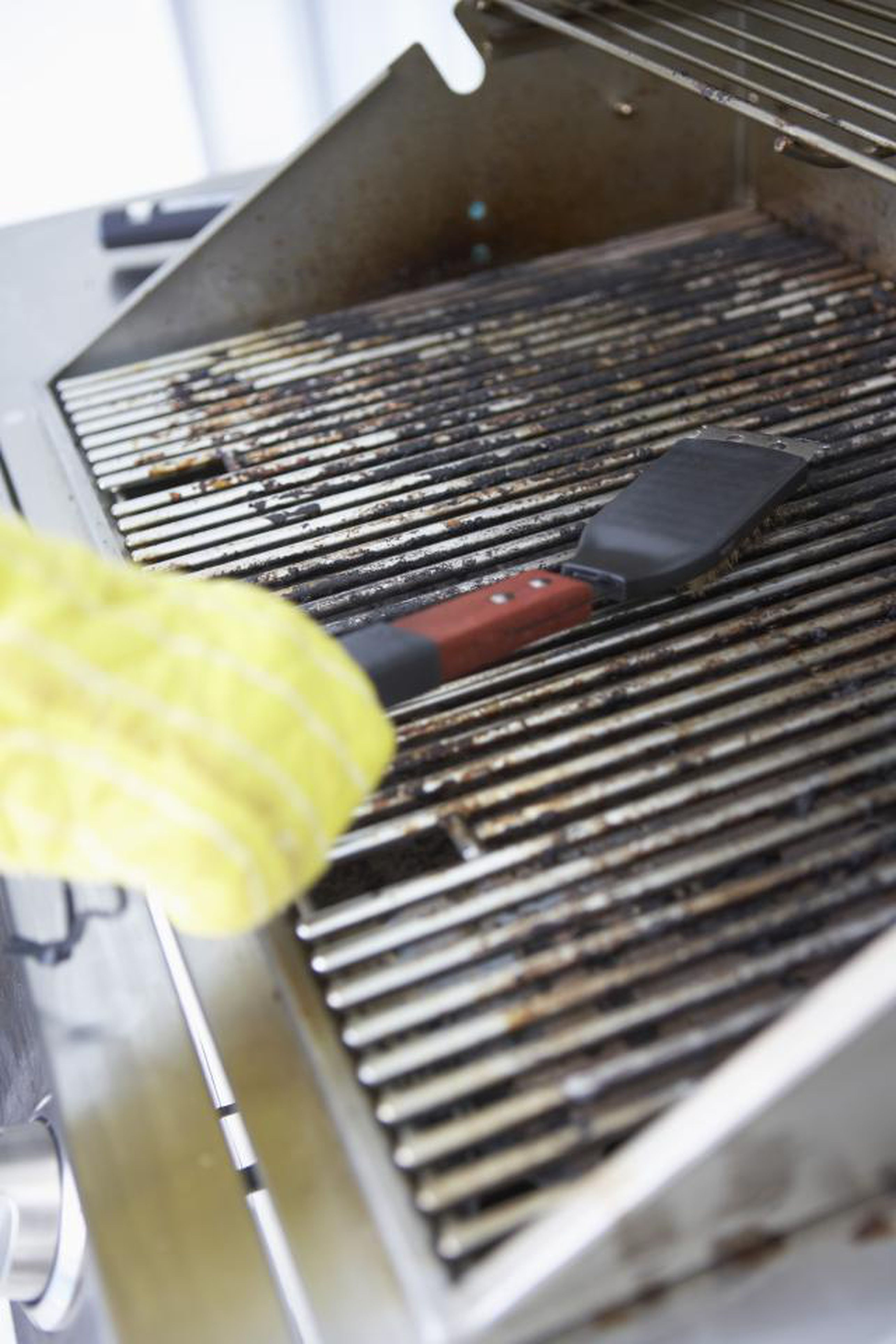 why is your gas grill flame yellow