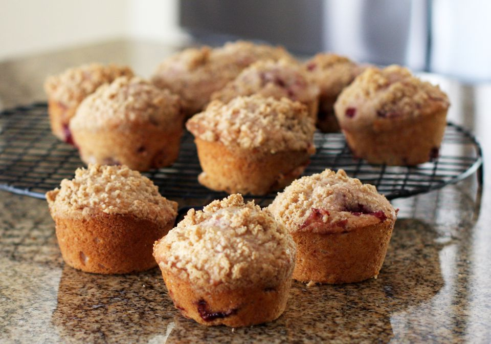 Strawberry Muffins With Crumb Topping